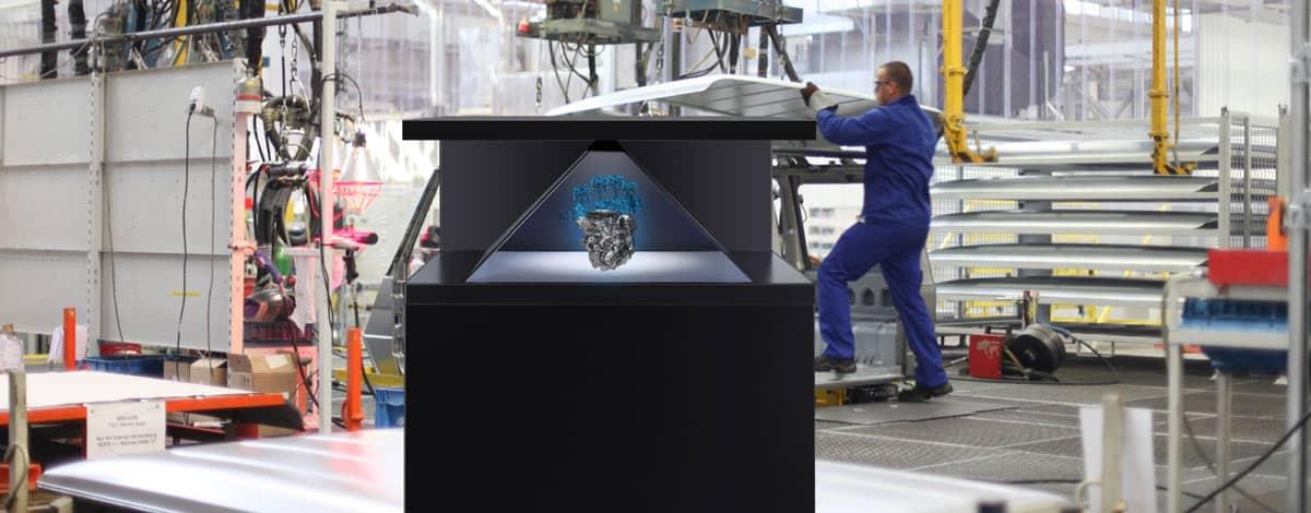 Hologramm Projektor Dreamoc XL2 mit Hologramm eines Motors